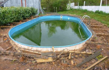 Pool Vorher
