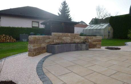 Terrassenbau Mit Hochbeet Und Trockenmauer
