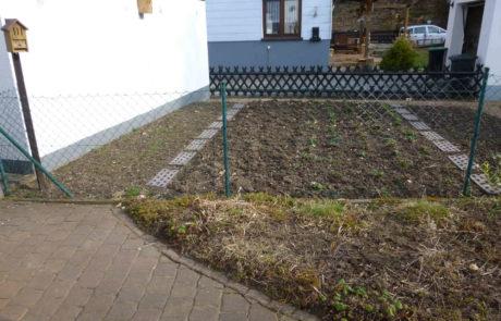 Vor Gartensanierung